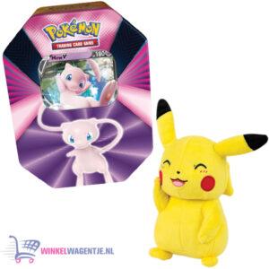 Pokémon Kaarten Spring V Tin 2021 (Mew) + Pikachu Pluche Knuffel 20 cm + 3 Pokemon Stickers!