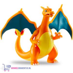 Pokémon Battle Feature Figure Charizard (Deluxe Action) + Pikachu Sleutelhanger + 3 Pokemon Stickers!