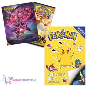 Pokemon spelletjesboek met stickers + Pokémon Sword & Shield Darkness Ablaze Mini Portfolio + Pikachu Sleutelhanger + 3 Pokémon Stickers